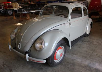 Volkswagen-52er-Brezelkäfer-2